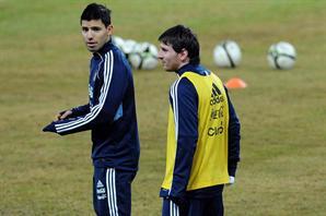 Agüero Messi entrenamiento